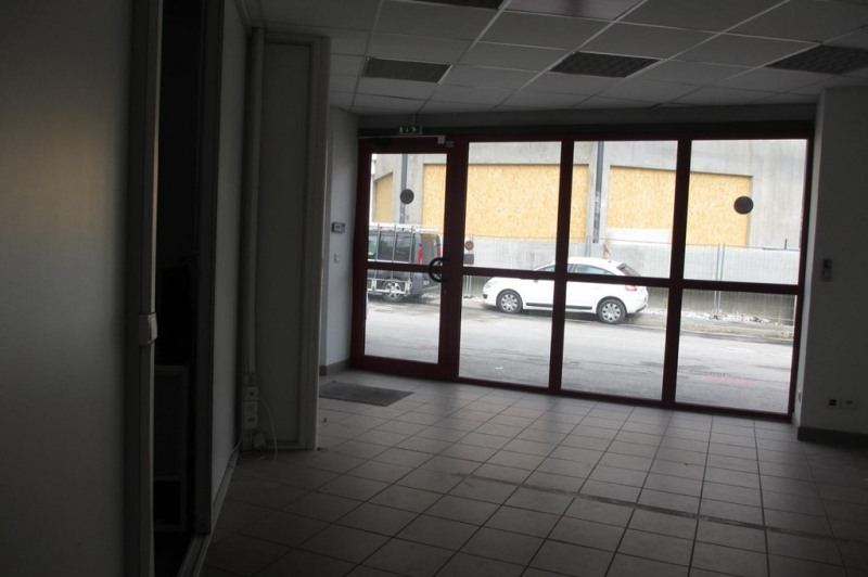 Alquiler  local Seynod 3950€ CC - Fotografía 2