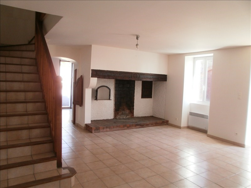 Location maison / villa Serres castet 850€ +CH - Photo 2
