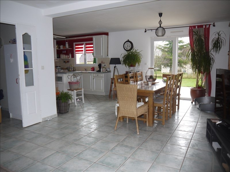 Sale house / villa Champlitte 199 800€ - Picture 4