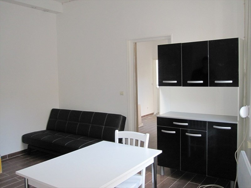 Rental apartment St quentin 500€ CC - Picture 1