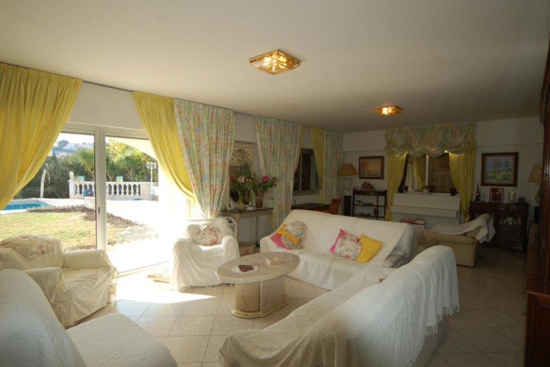 Deluxe sale house / villa Antibes 1 650 000€ - Picture 3
