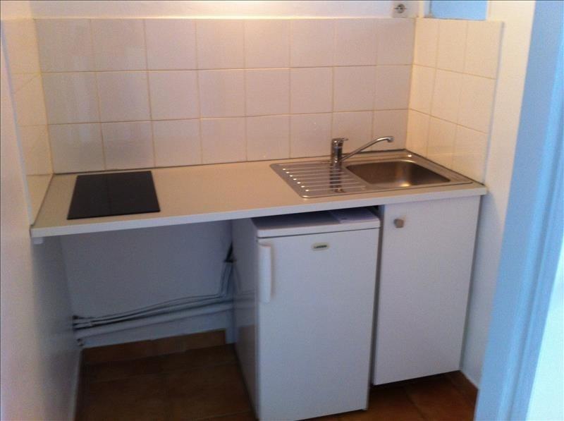 Locação apartamento Montpellier 449€ CC - Fotografia 2