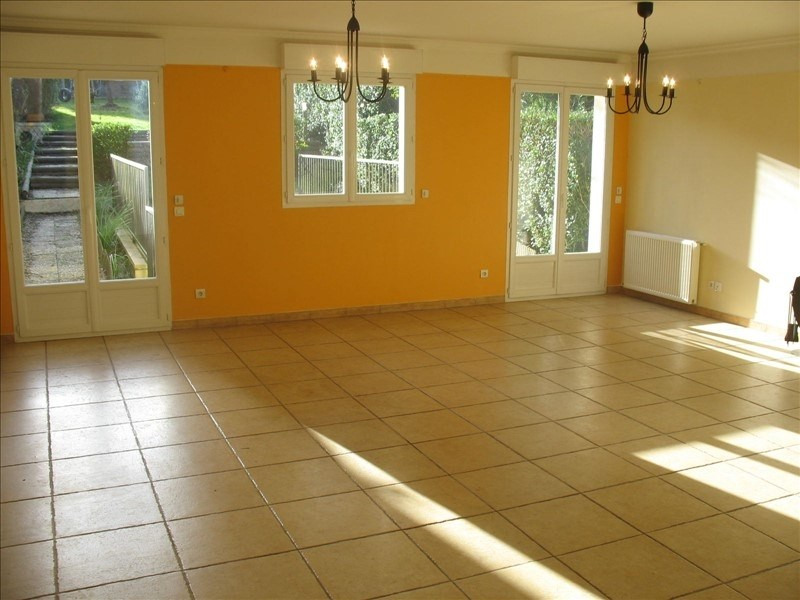 Rental house / villa Fourqueux 2 800€ CC - Picture 2