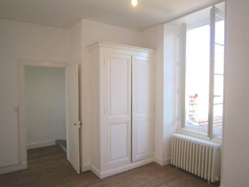 Location maison / villa Cognac 562€ CC - Photo 6