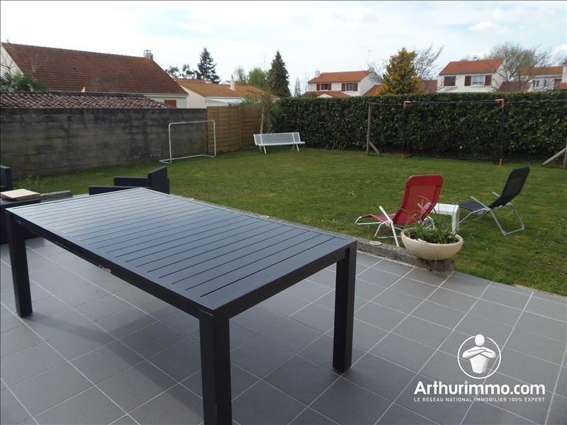Sale house / villa Reze 299500€ - Picture 2