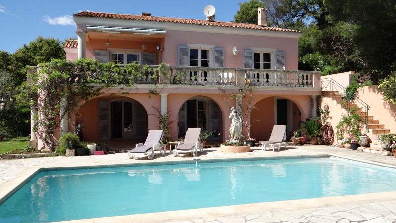 Vacation rental house / villa Cavalaire sur mer 4200€ - Picture 7