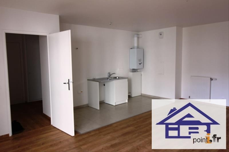 Rental apartment Mareil marly 787€ CC - Picture 1
