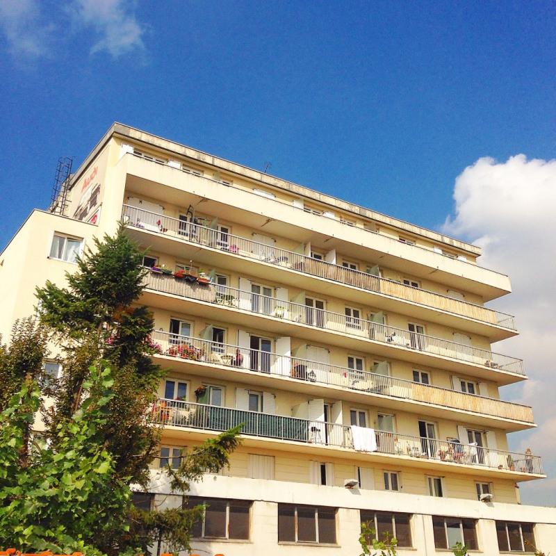 1 room apartment in saint maur des foss s france for Garage coquelin saint maur