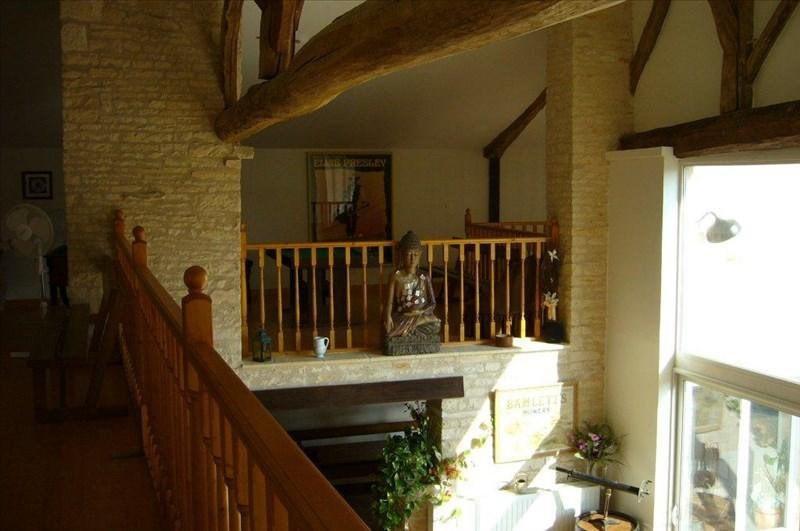 Vente maison / villa Saint-hilaire-la-palud 390000€ - Photo 3