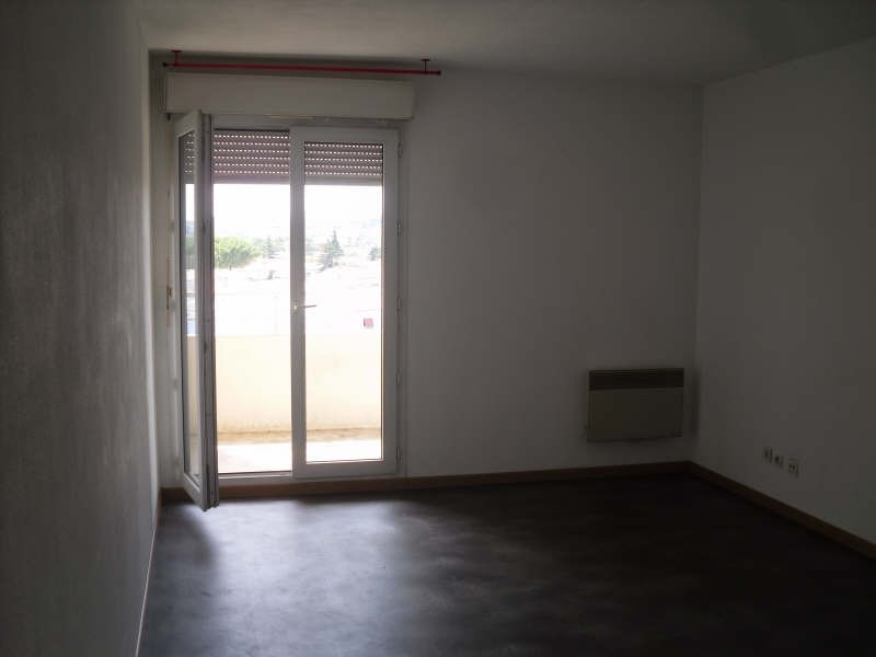 Location appartement Nimes 415€ CC - Photo 4