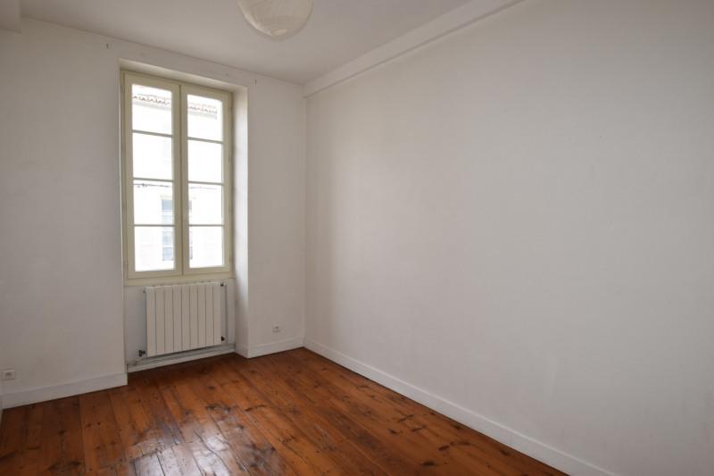 Rental apartment Saintes 606€ CC - Picture 6