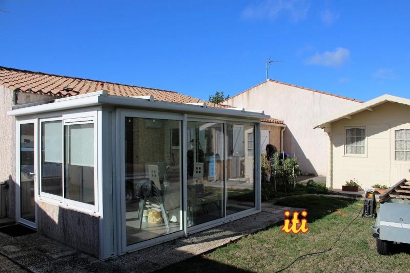 Sale house / villa Chateau d olonne 220500€ - Picture 2