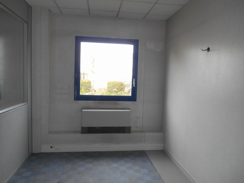 Rental empty room/storage St quentin fallavier 5 417€ HC - Picture 3