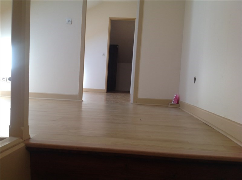 Sale house / villa St quentin 107500€ - Picture 4