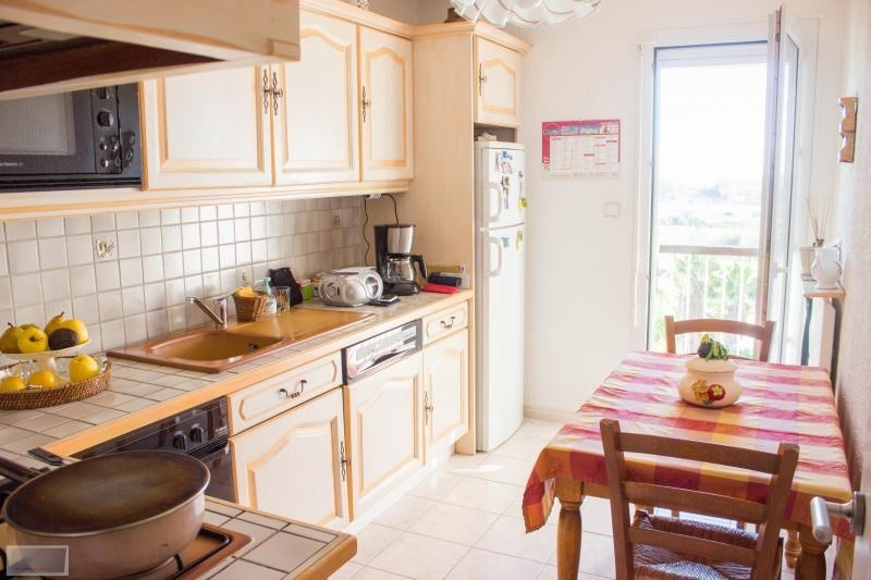 Vente appartement Hyeres 200 000€ - Photo 4