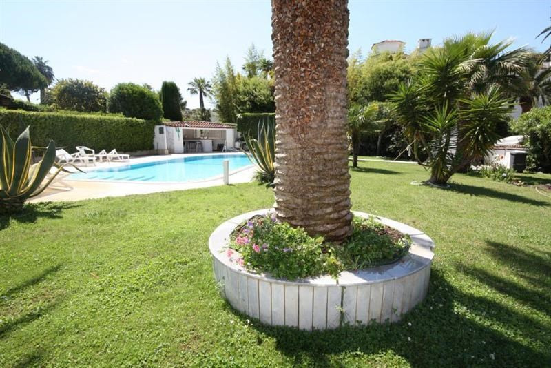 Deluxe sale house / villa Cap d'antibes 5 600 000€ - Picture 2