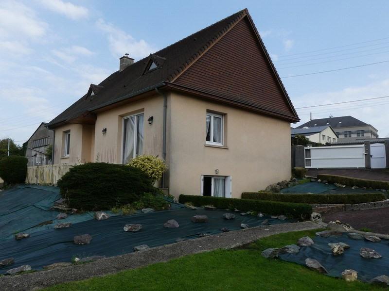Sale house / villa Coutances 182000€ - Picture 1