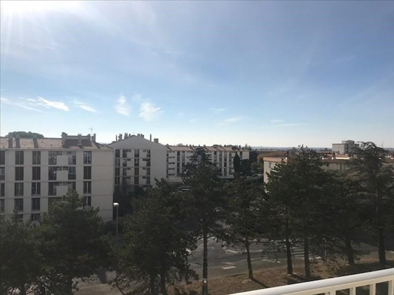 Sale apartment Salon de provence 156 700€ - Picture 1