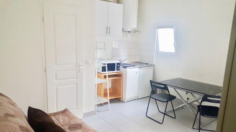 Rental apartment Paris 17ème 750€ CC - Picture 2