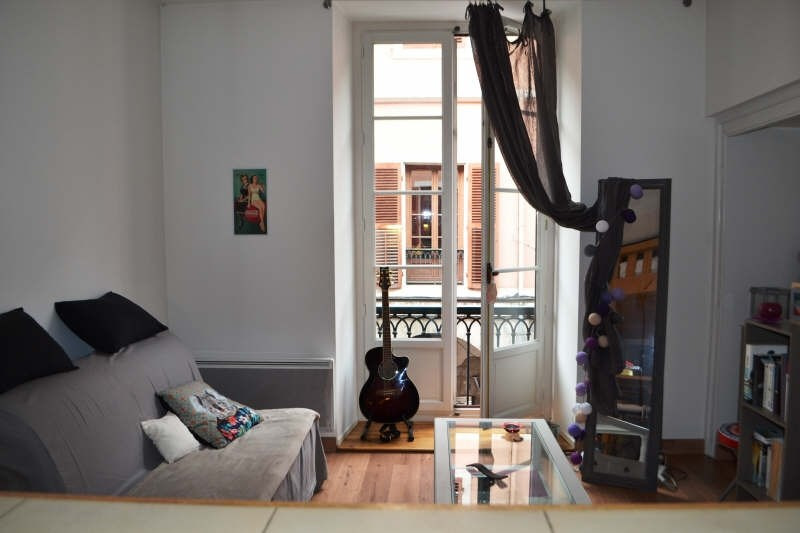 Location appartement Chambery 416€ CC - Photo 1