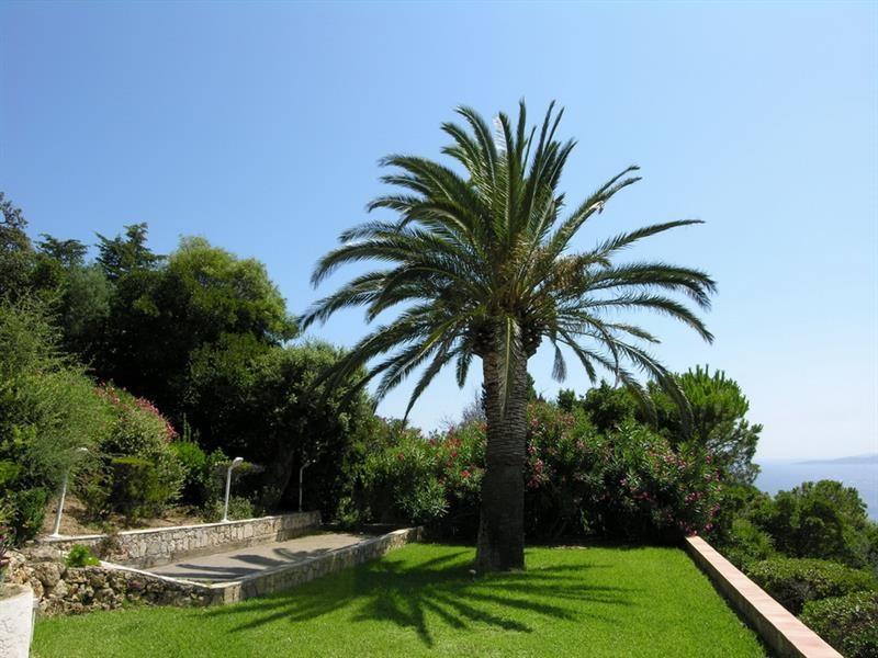 Sale house / villa Les issambres 900000€ - Picture 15