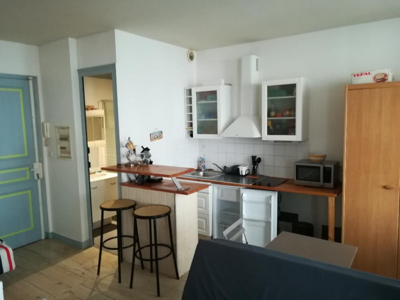 Location appartement La rochelle 438€ CC - Photo 3