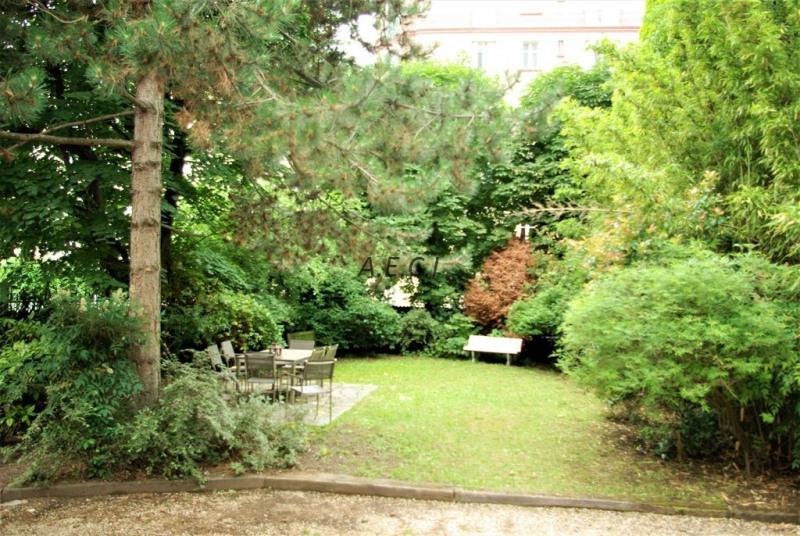 Deluxe sale house / villa Courbevoie 2390000€ - Picture 2