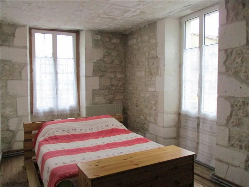 Sale building Angouleme 245000€ - Picture 2