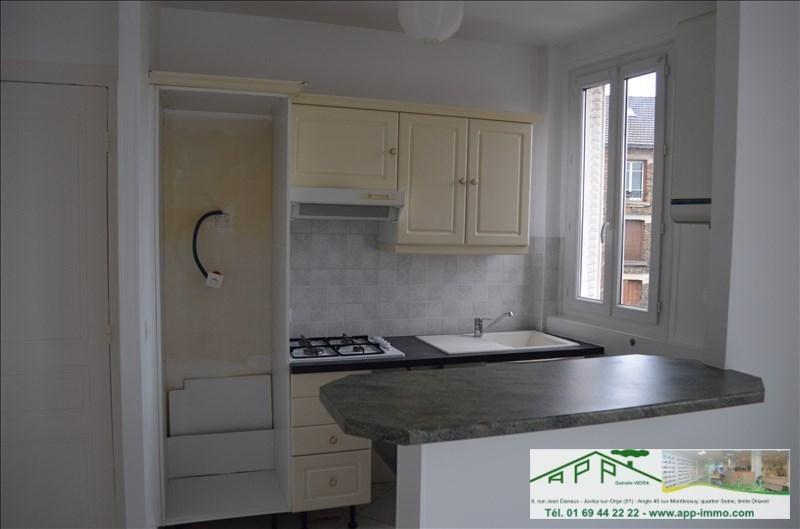 Rental apartment Juvisy sur orge 795€ CC - Picture 3