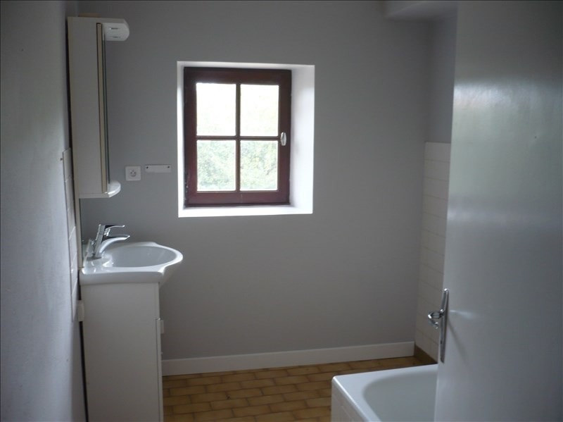 Rental house / villa Sauzet 906€ CC - Picture 5