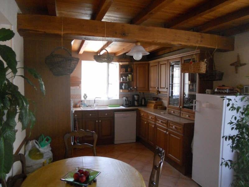Sale house / villa St andre de cubzac 304000€ - Picture 3