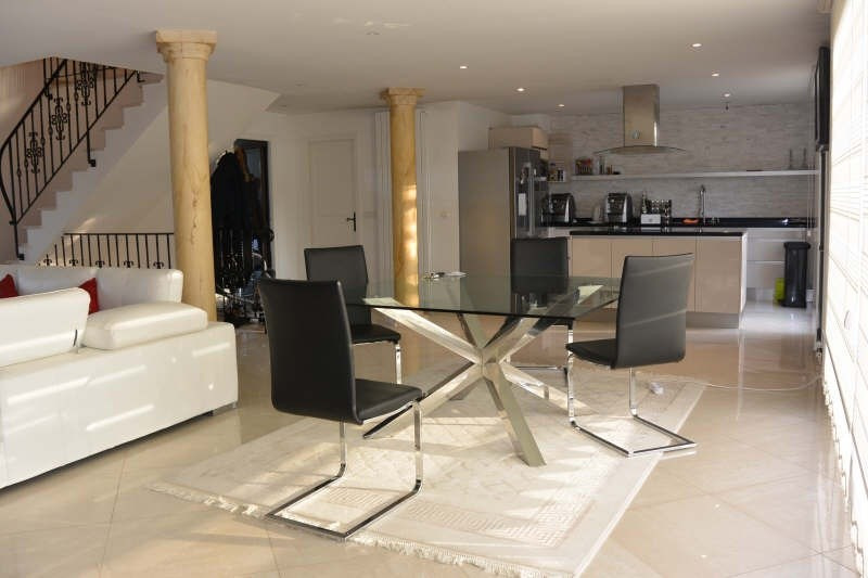 Sale house / villa Gagny 580000€ - Picture 4