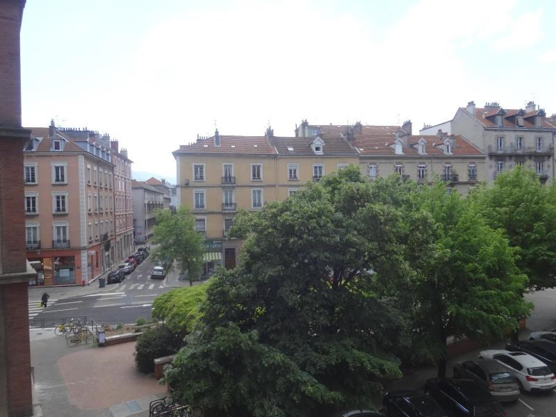 Location appartement Grenoble 779€ CC - Photo 8