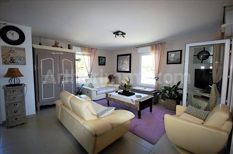 Deluxe sale apartment Frejus 560000€ - Picture 2