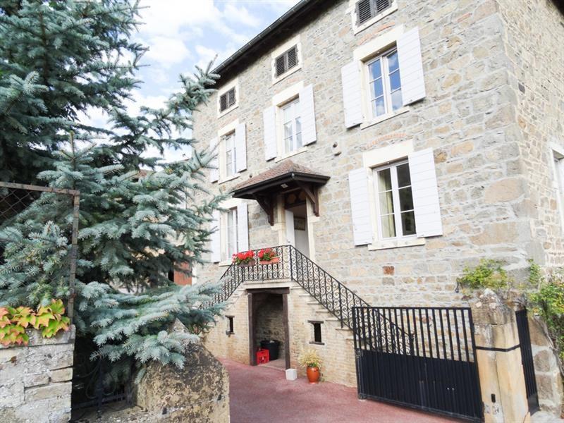 Maisons vendre vaux en beaujolais entre particuliers for Acheter maison beaujolais