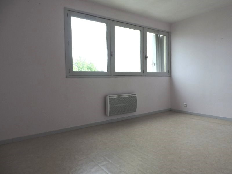 Location appartement Agen 320€ CC - Photo 3