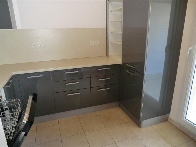 Sale apartment Carqueiranne 359 000€ - Picture 2