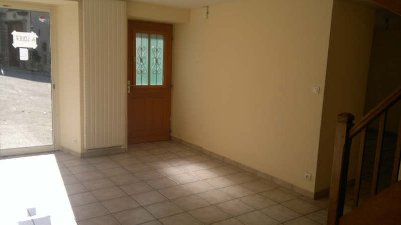 Location maison / villa Carlipa 669€ CC - Photo 3