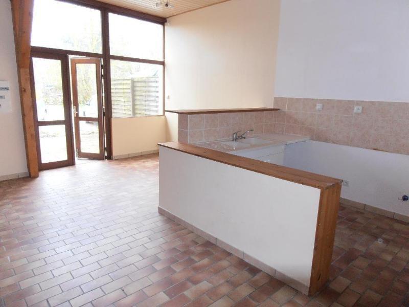 Location appartement Heyriat 390€ CC - Photo 1