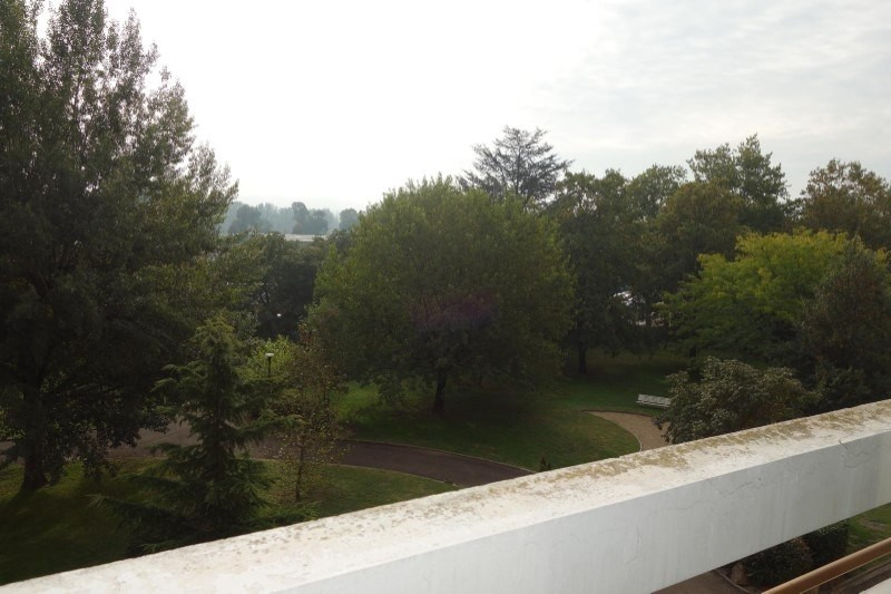 Location appartement Roanne 375€ CC - Photo 3