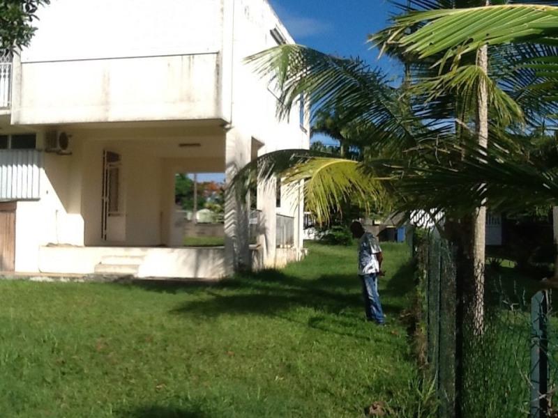 Sale house / villa Baie mahault 278000€ - Picture 2