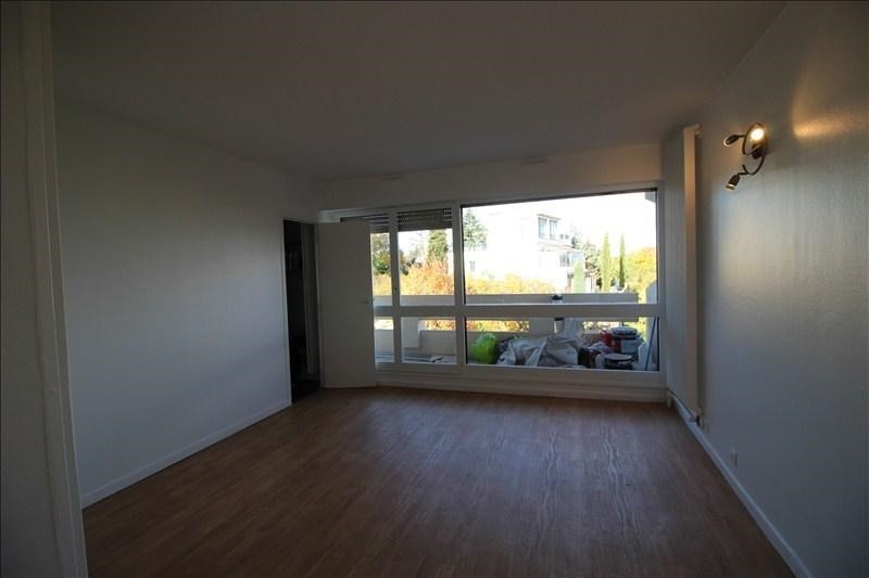 Location appartement Chatou 895€ CC - Photo 3