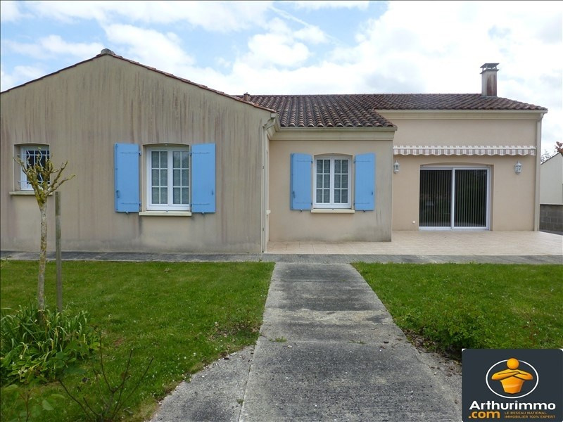 Sale house / villa St jean d angely 342000€ - Picture 1