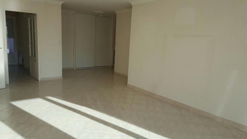 Sale apartment Les sables d olonne 441000€ - Picture 4