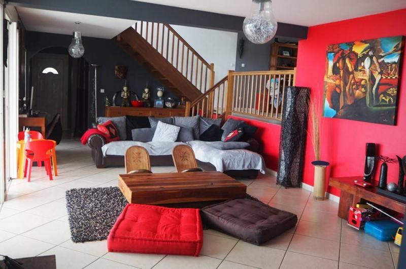 Deluxe sale house / villa La possession 695000€ - Picture 3
