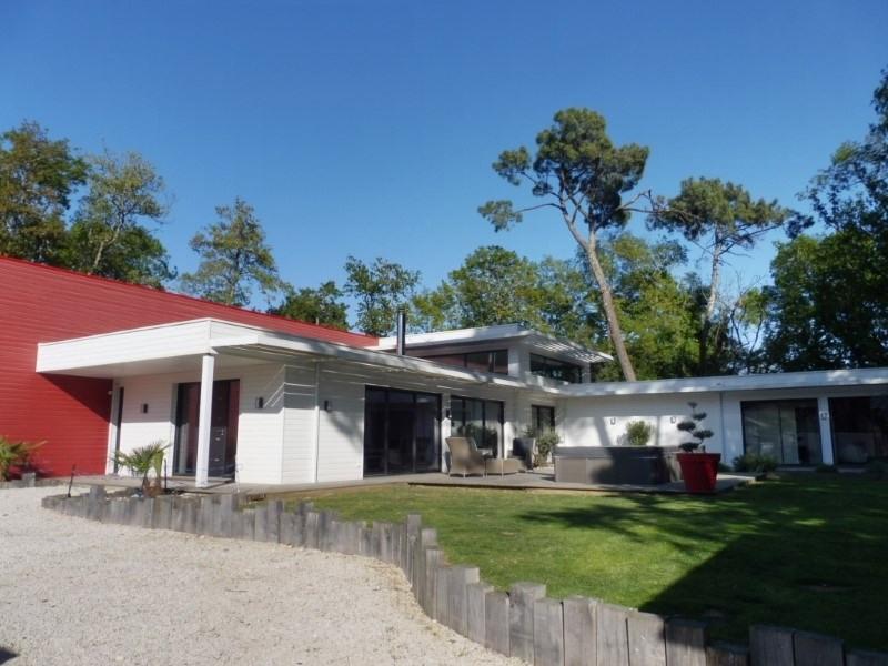 Deluxe sale house / villa St georges de didonne 904800€ - Picture 1