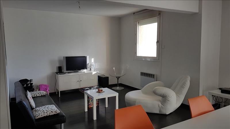 Rental apartment Salon de provence 1040€ CC - Picture 2