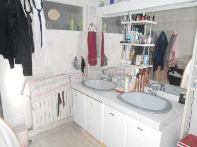 Sale house / villa Chives 133125€ - Picture 9