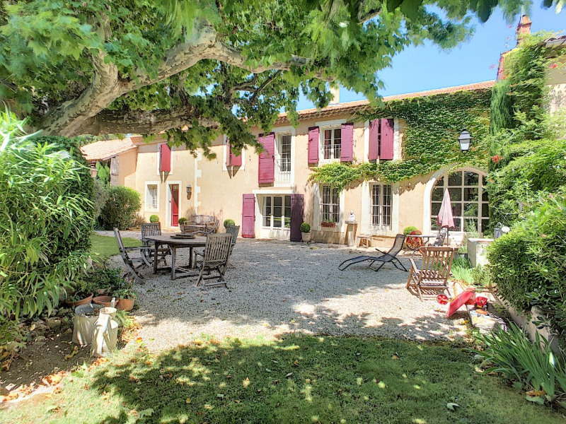 Deluxe sale house / villa Chateaurenard 684 000€ - Picture 1