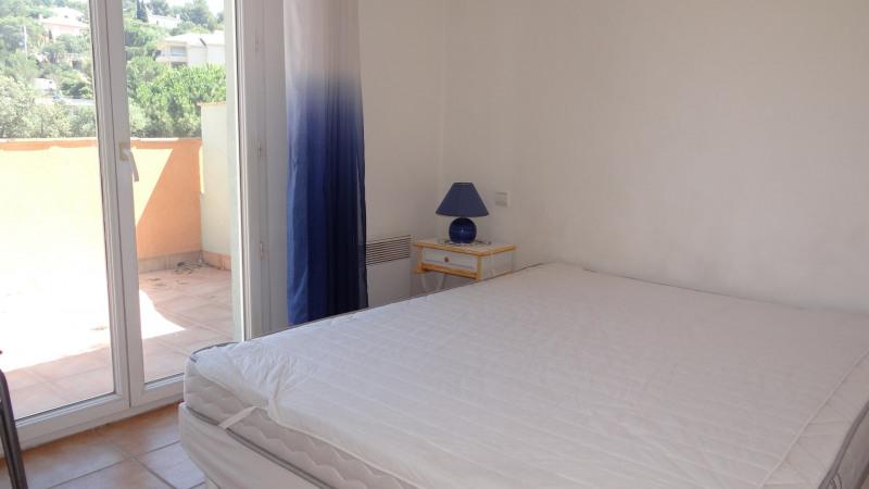 Location vacances appartement Cavalaire 600€ - Photo 9
